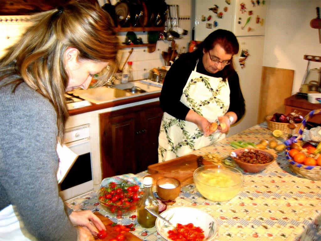 3304 Toscana Mia Jackie and Simonetta