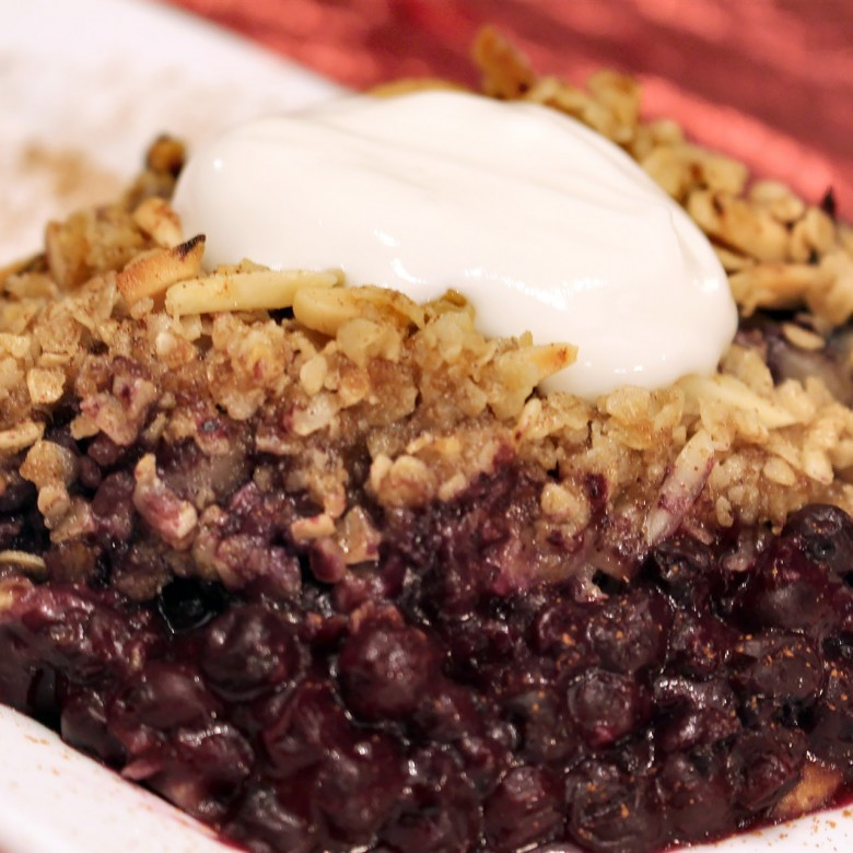 Blueberry Crumble topped with Yogurt