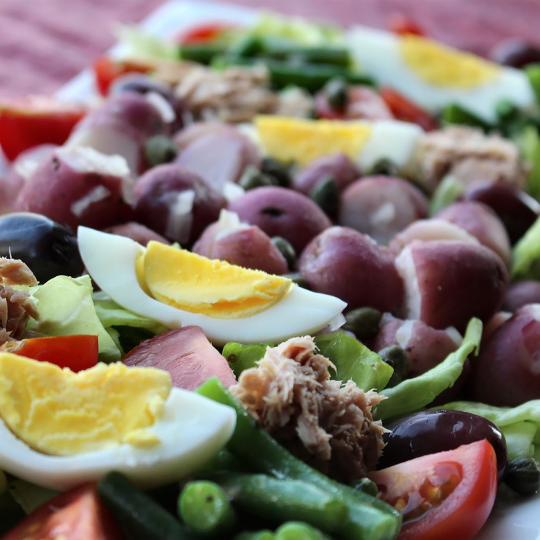 """No Holds Barred"" Salade Niçoise"