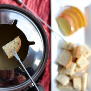 """Talk Dirty to Me"" Cheese Fondue a la Diable – Nectar of the Gods"