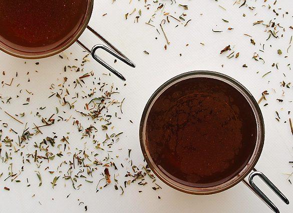 Kick Back St. John's wort Herbal Tea Tonic.